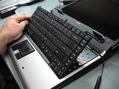 thay ban phim laptop - Thay thế bàn phím laptop lấy ngay ở Vinh