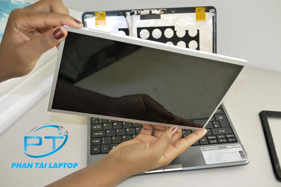 thay man hinh laptop o tpvinh 1 - Thay thế màn hình laptop lấy ngay tại Vinh Nghệ An